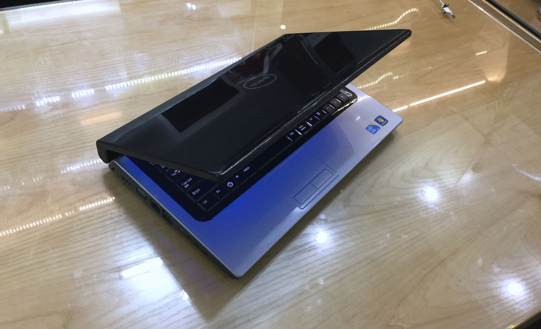 Laptop Dell studio 1558-4.jpg