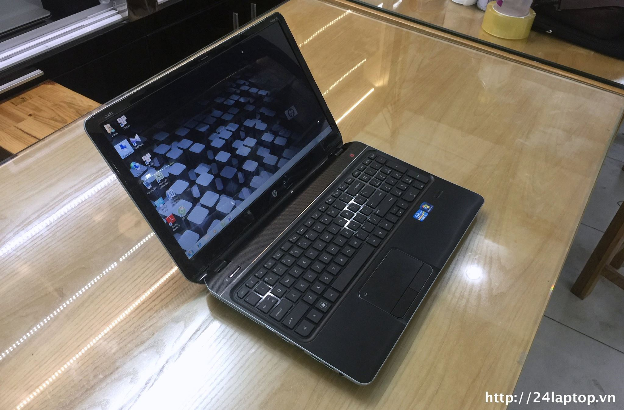 Laptop HP Envy M6.jpg