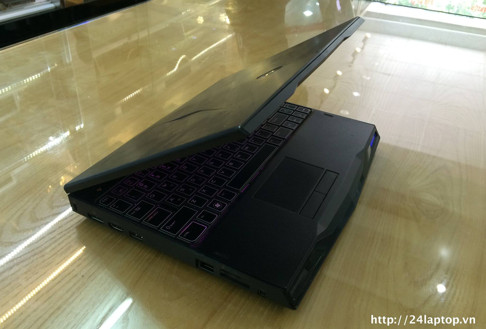 Laptop Dell Alienware M11xr2.jpg