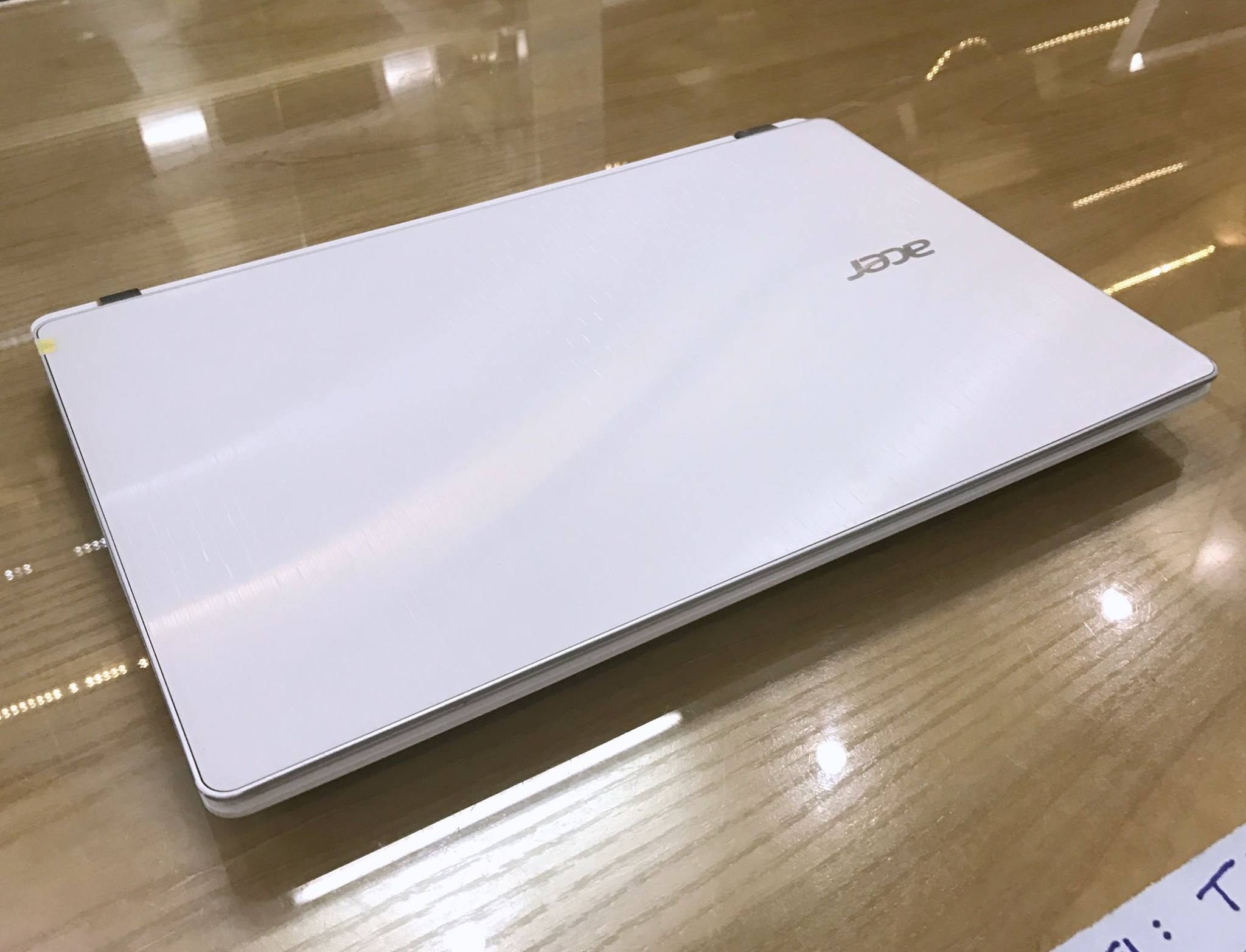 Laptop Acer Aspire V3-371 Core i3-9.jpg