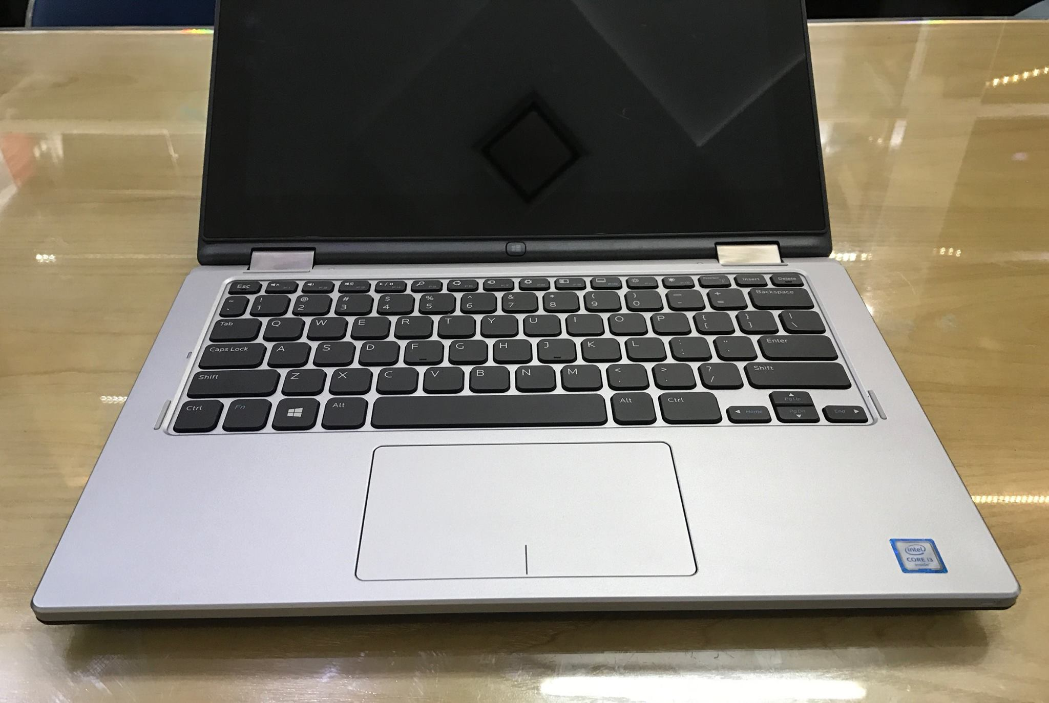 Laptop Dell Inspiron 3153-7.jpg
