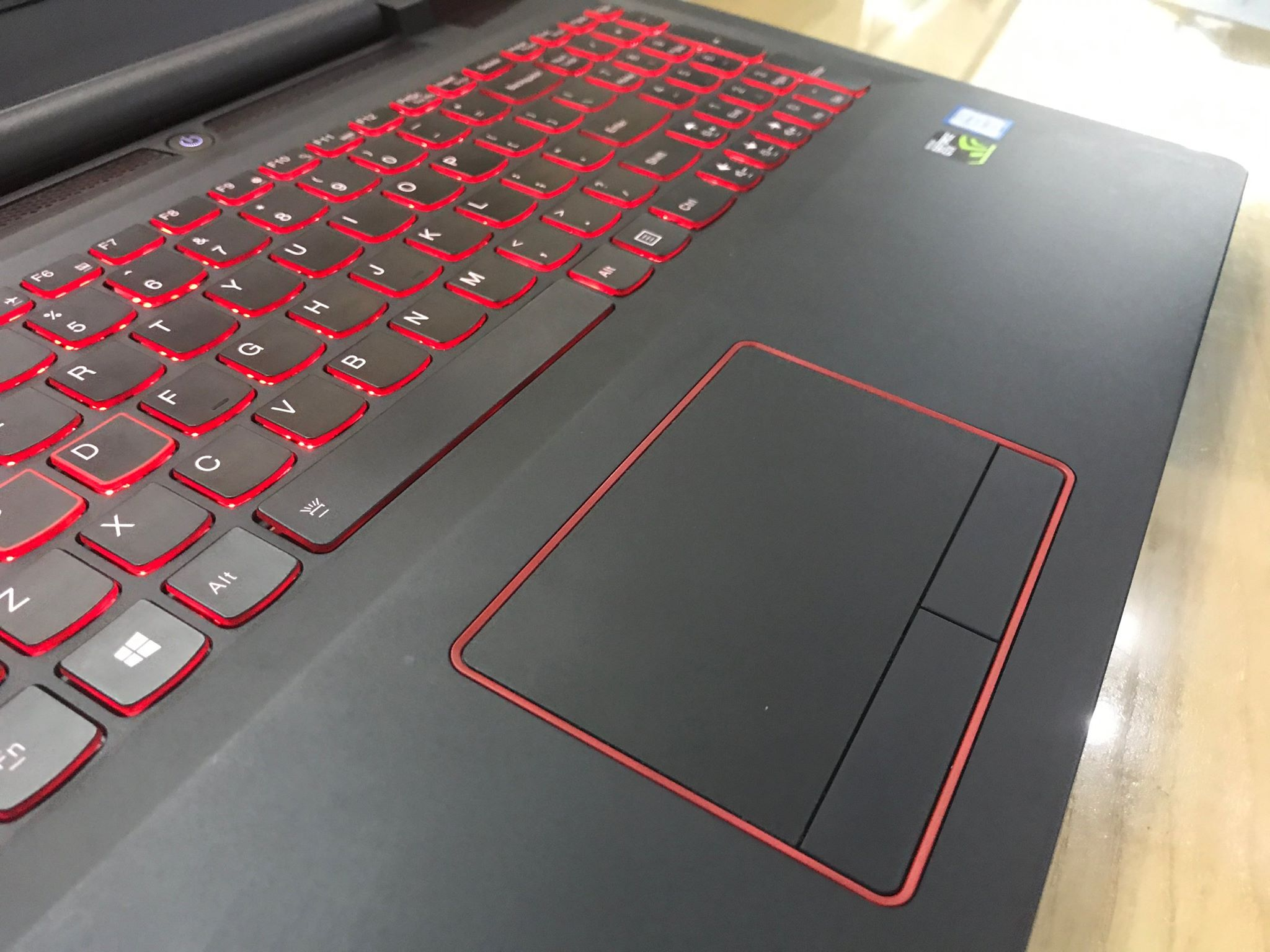 Laptop Gaming Lenovo rescuer 15 isk-2.jpg