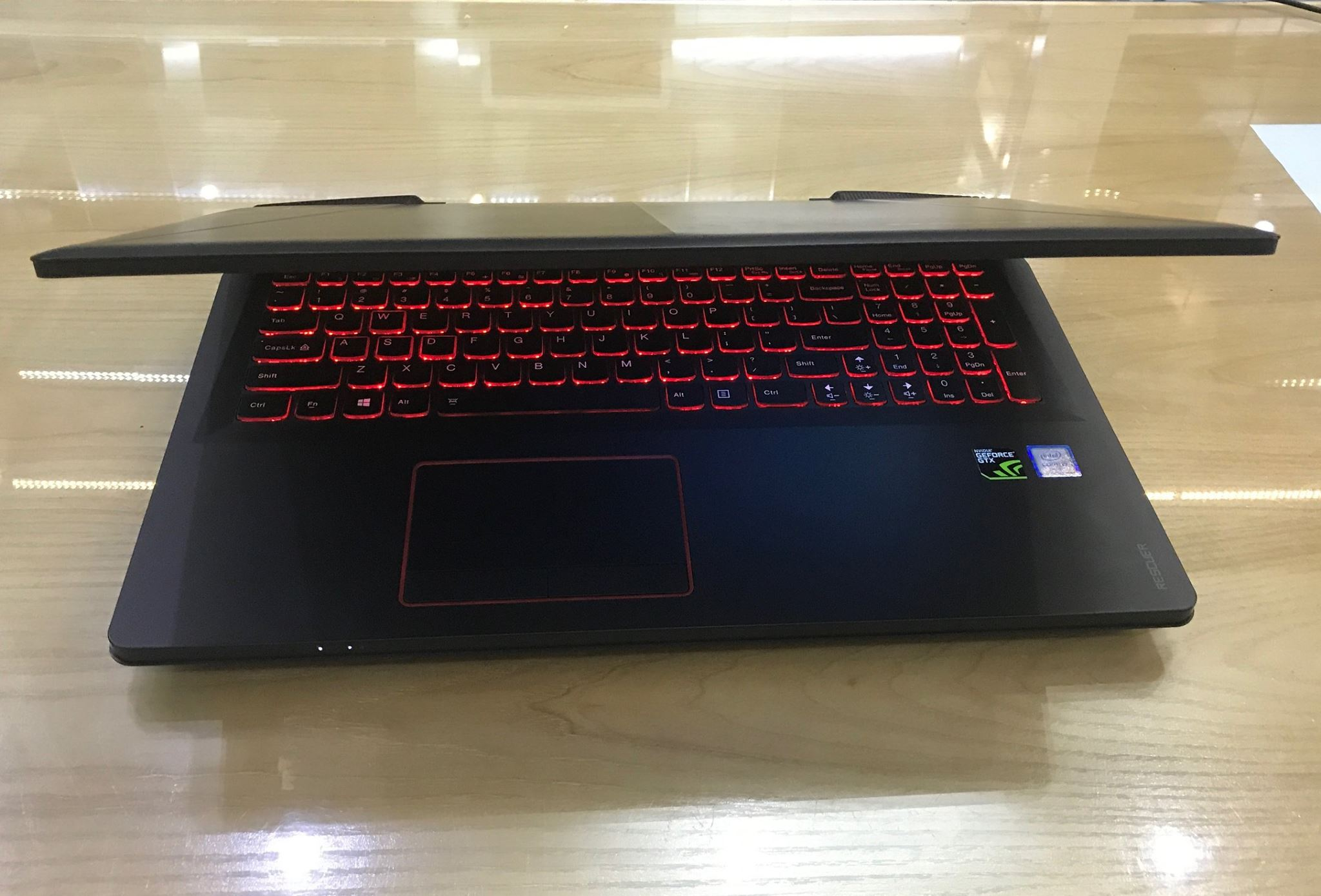 Laptop Gaming Lenovo rescuer 15 isk-3.jpg