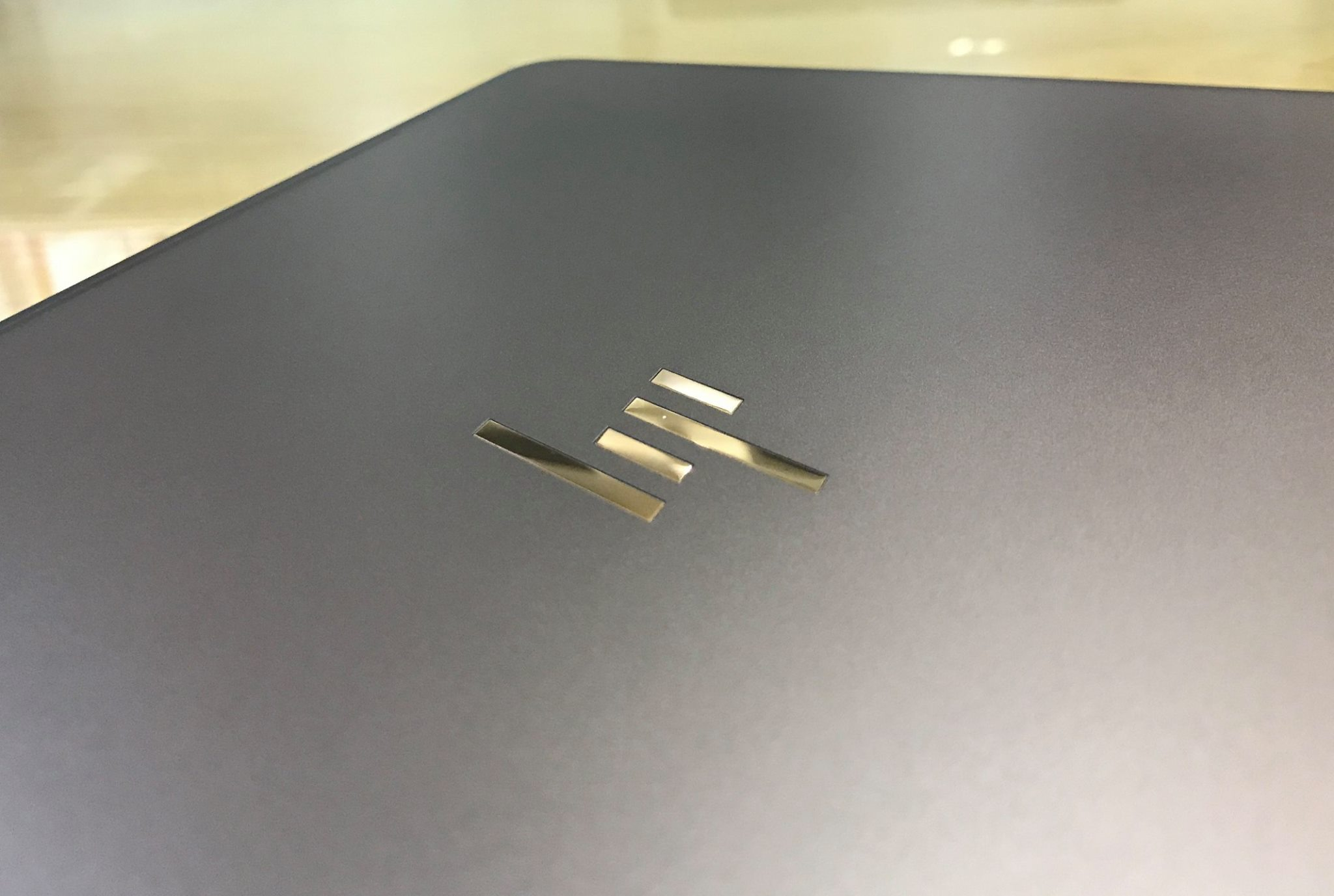 Laptop HP Spectre 13-v020TU-5.jpg