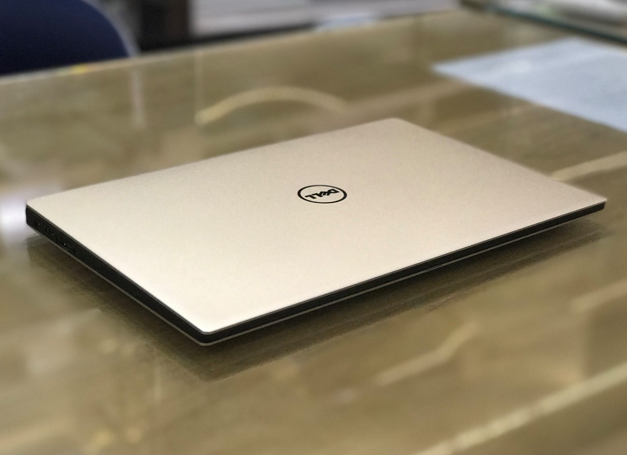 Laptop Dell XPS 13 9350 Gold core i7 .jpg