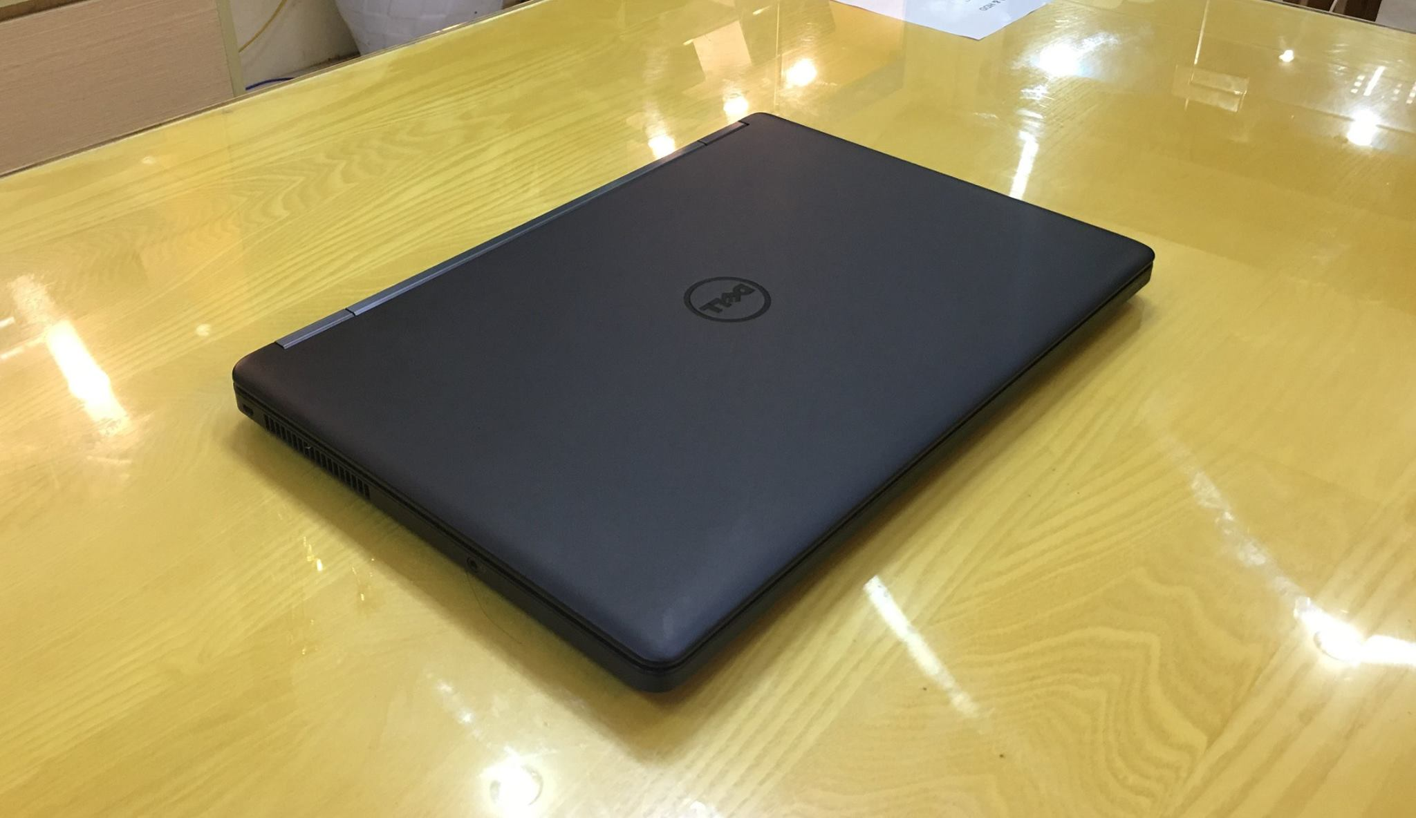 Laptop Dell Laititude E5550-8.jpg
