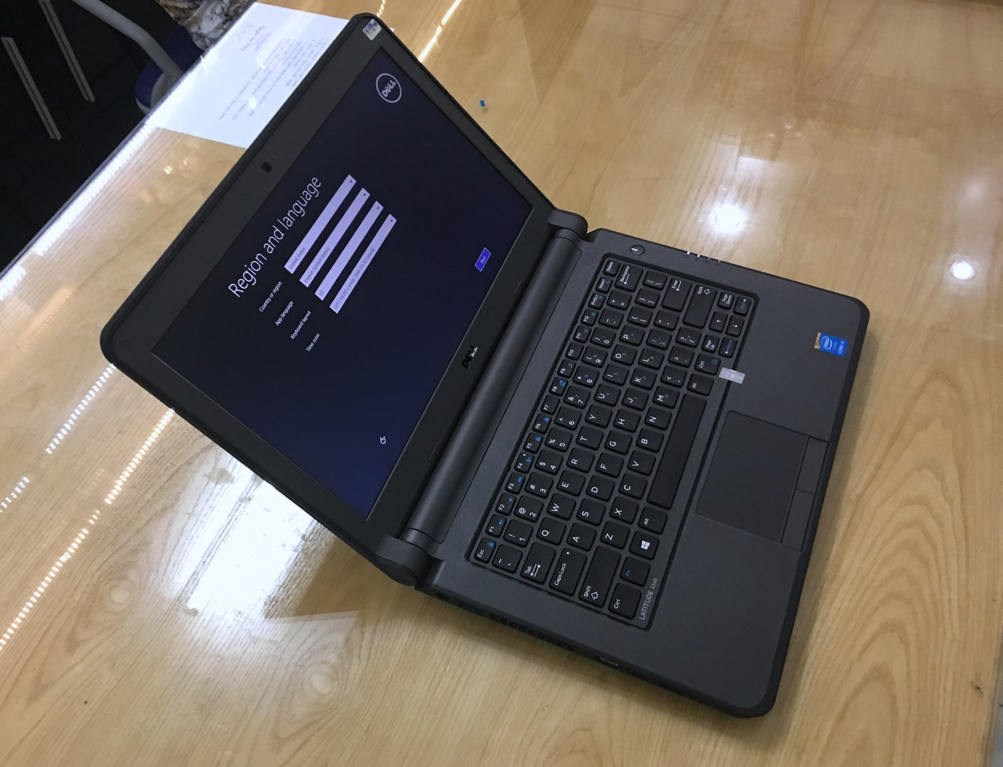 Laptop Dell Latitude 3340-3.jpg
