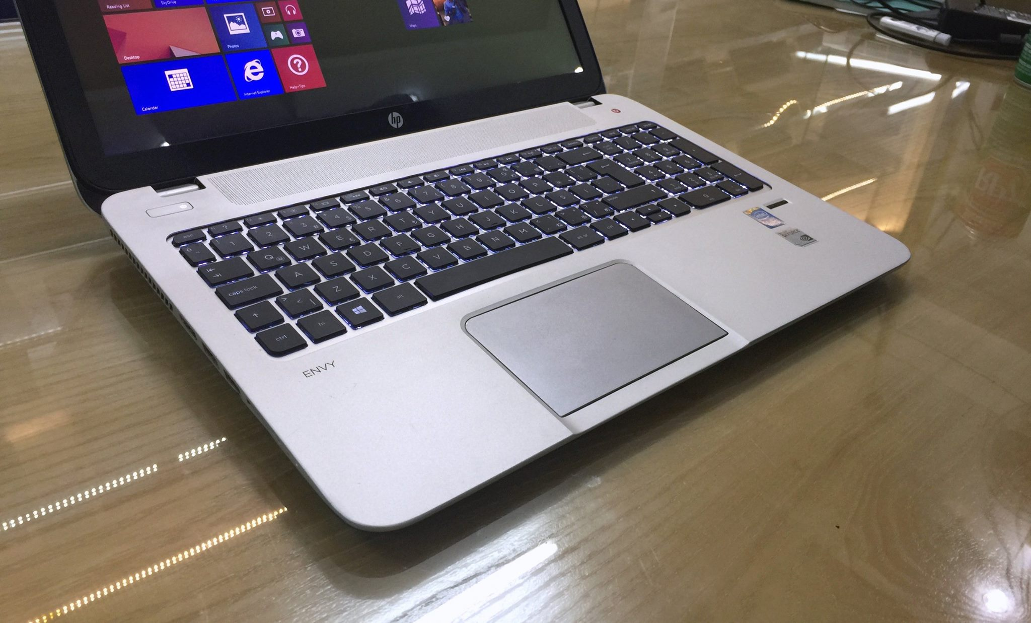 Laptop HP Envy 15-7.jpg