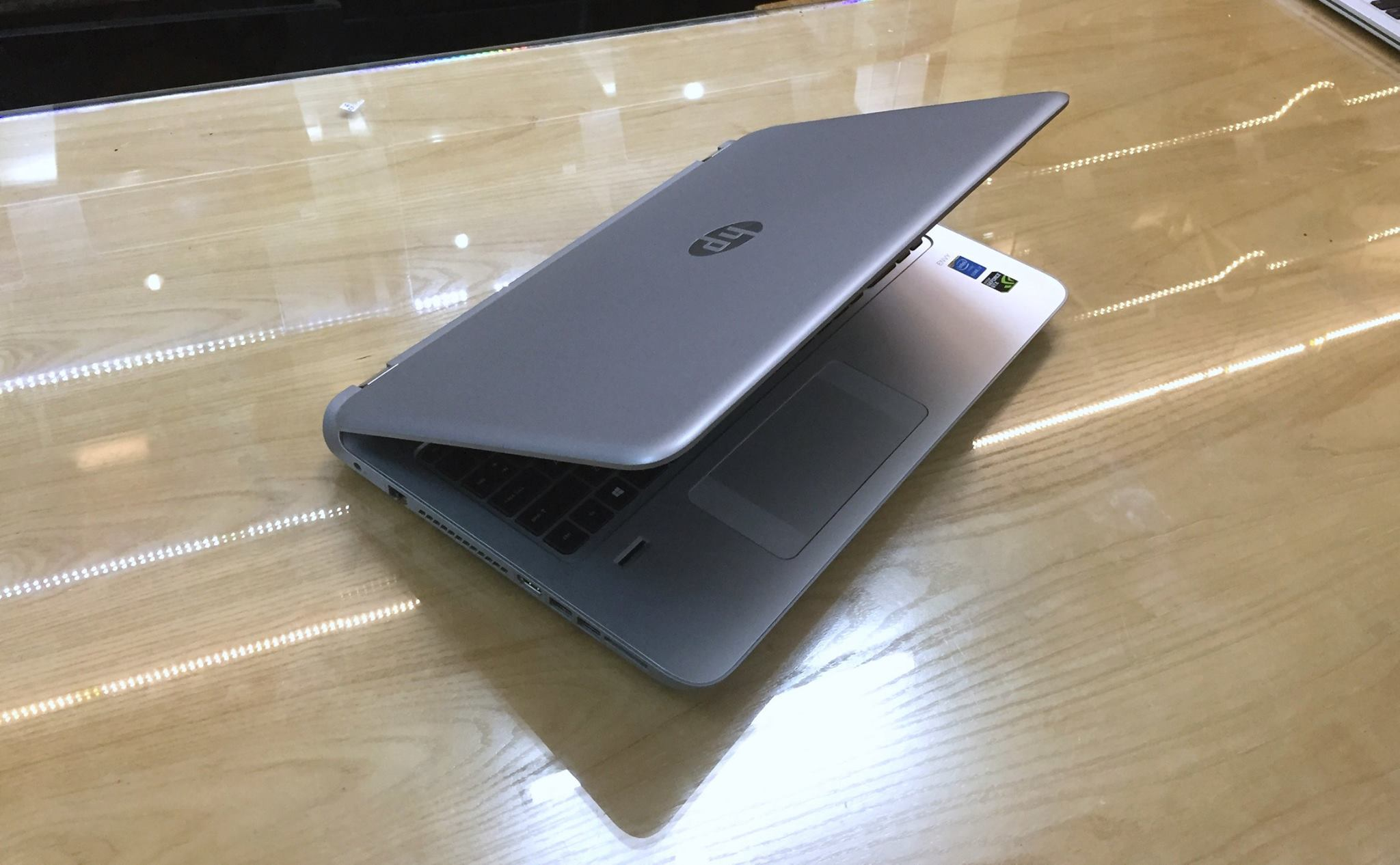 Laptop HP Envy15 K200 (K2T37AV)-9.jpg