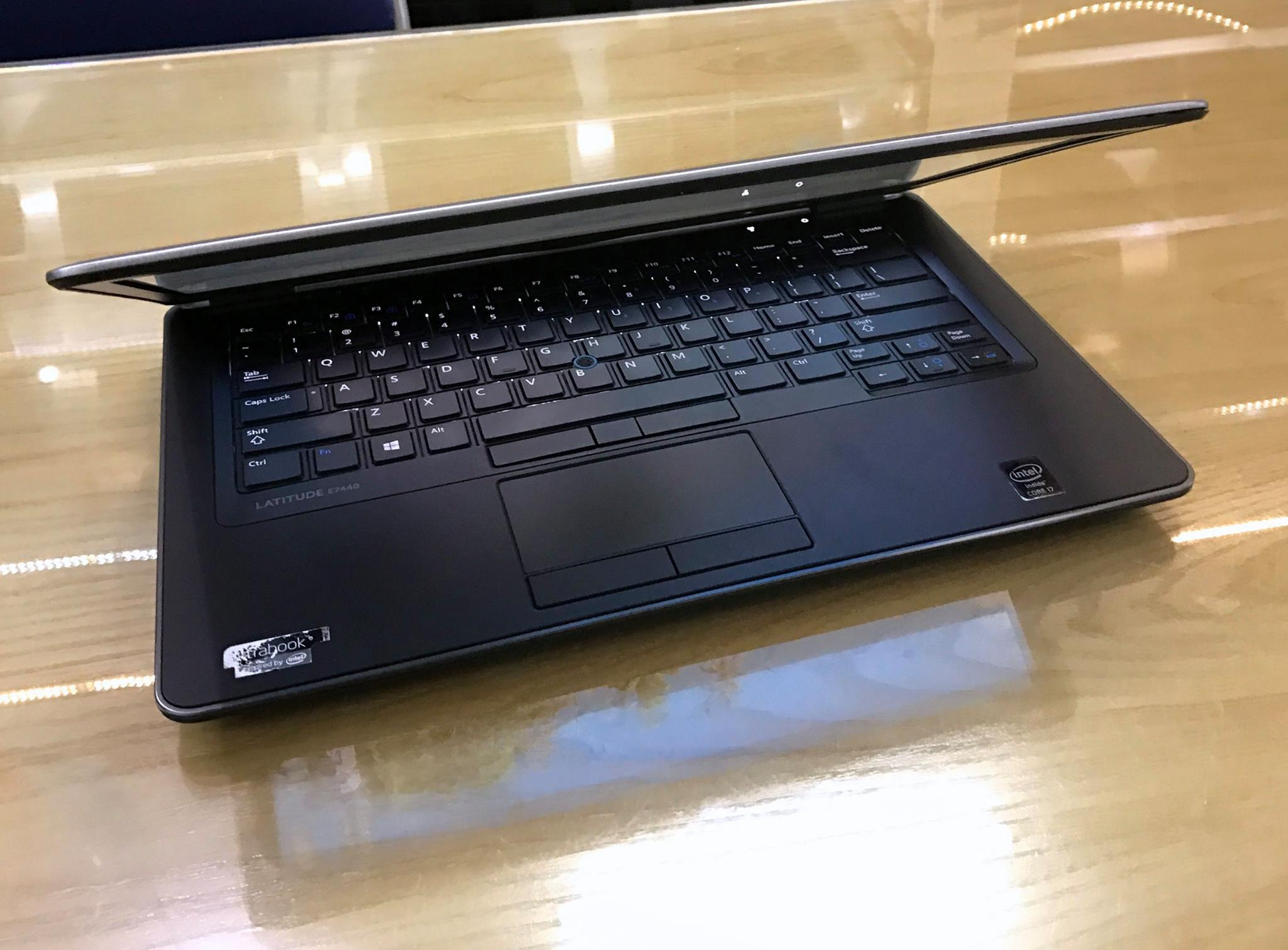 Laptop Dell Latitude E7440-8.jpg