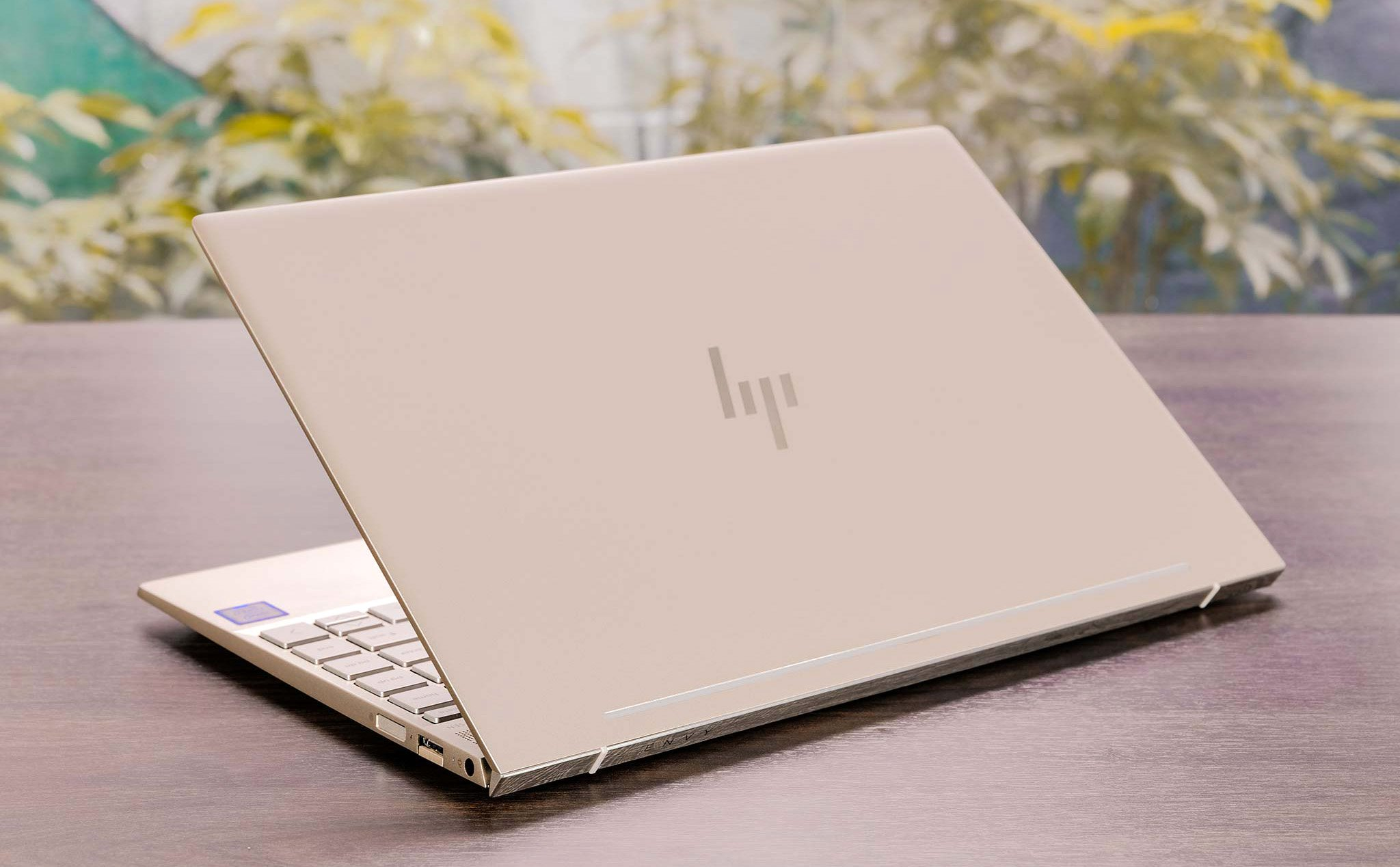 Laptop HP Envy 13 Mode 2018-8.jpg