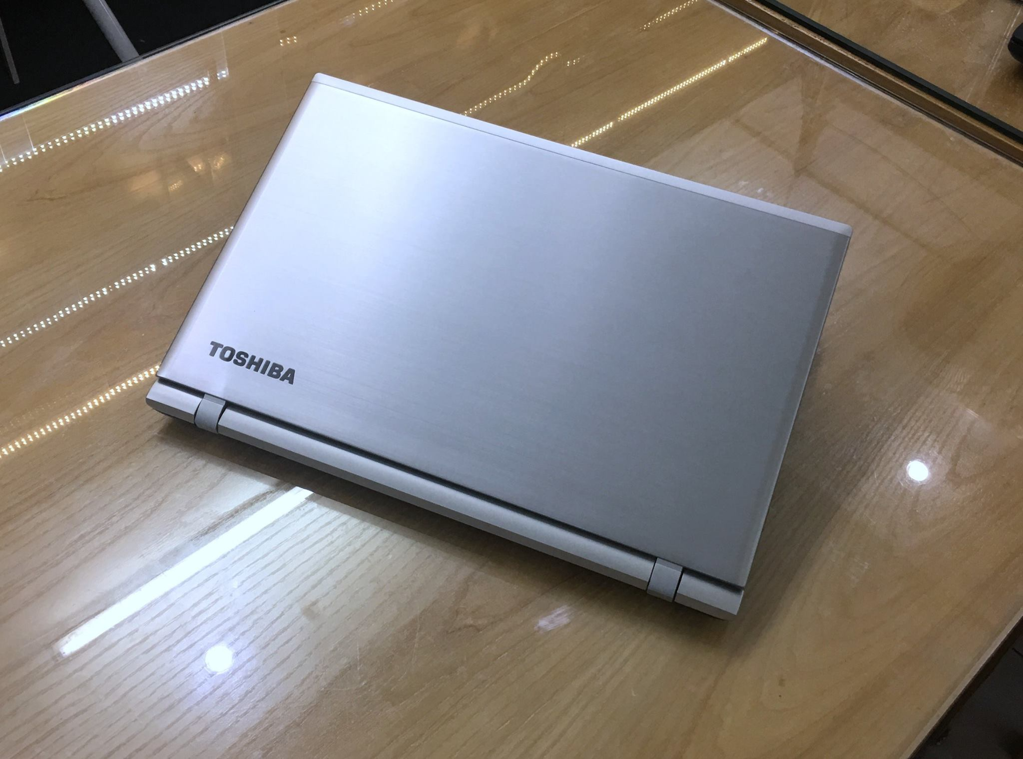 Laptop Gaming Toshiba Satelltite S55T - C5325 - 4 K-1.jpg