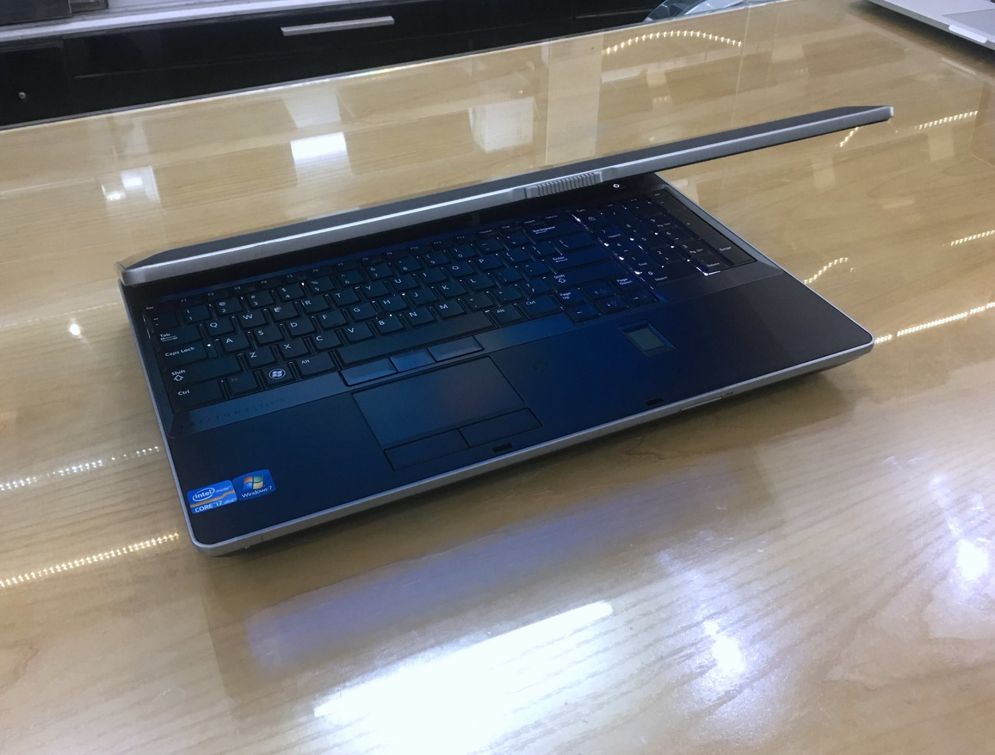 Laptop Dell Latitude E6530 i7.jpg