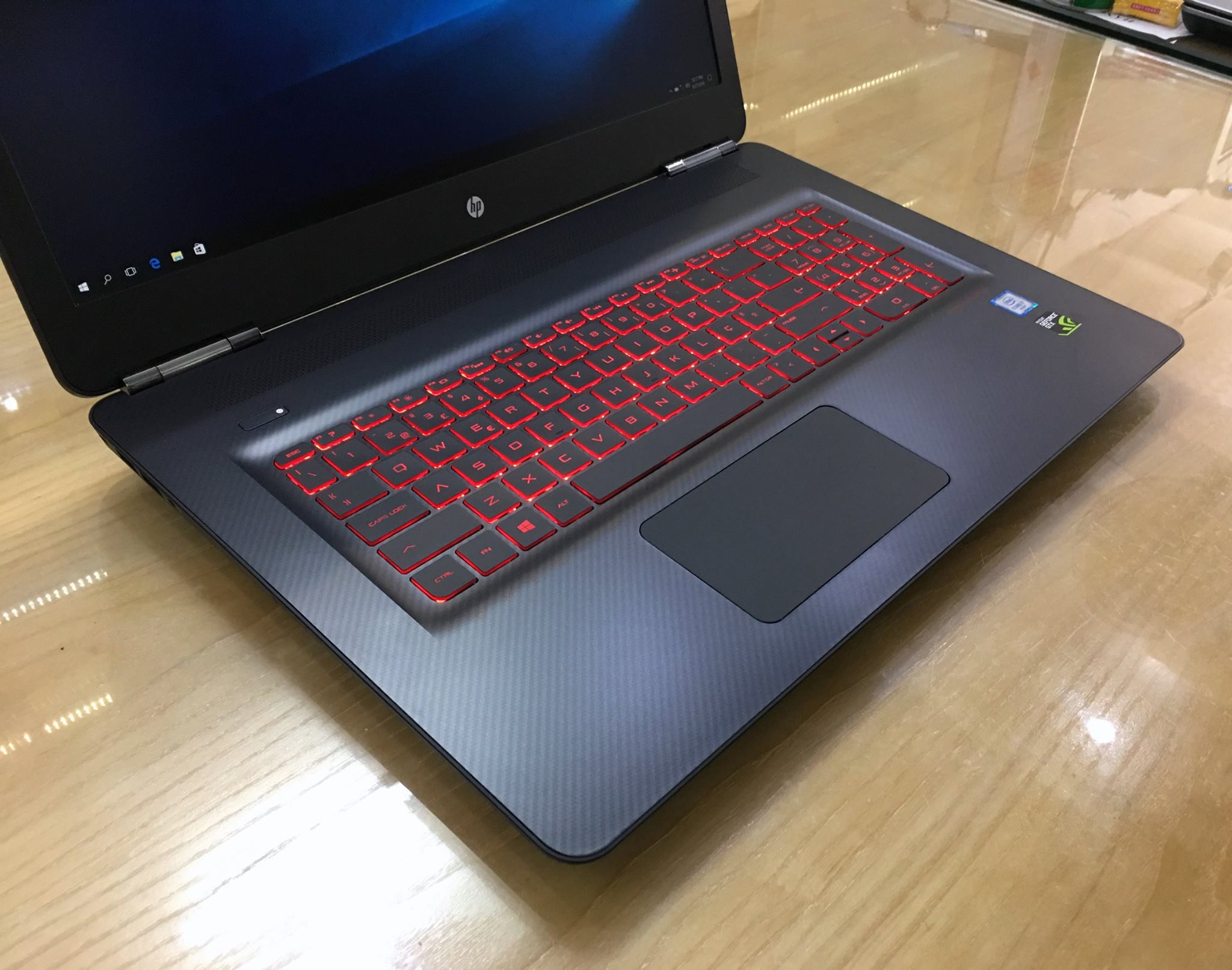 Laptop Gaming HP Omen 17 2016-5.jpg
