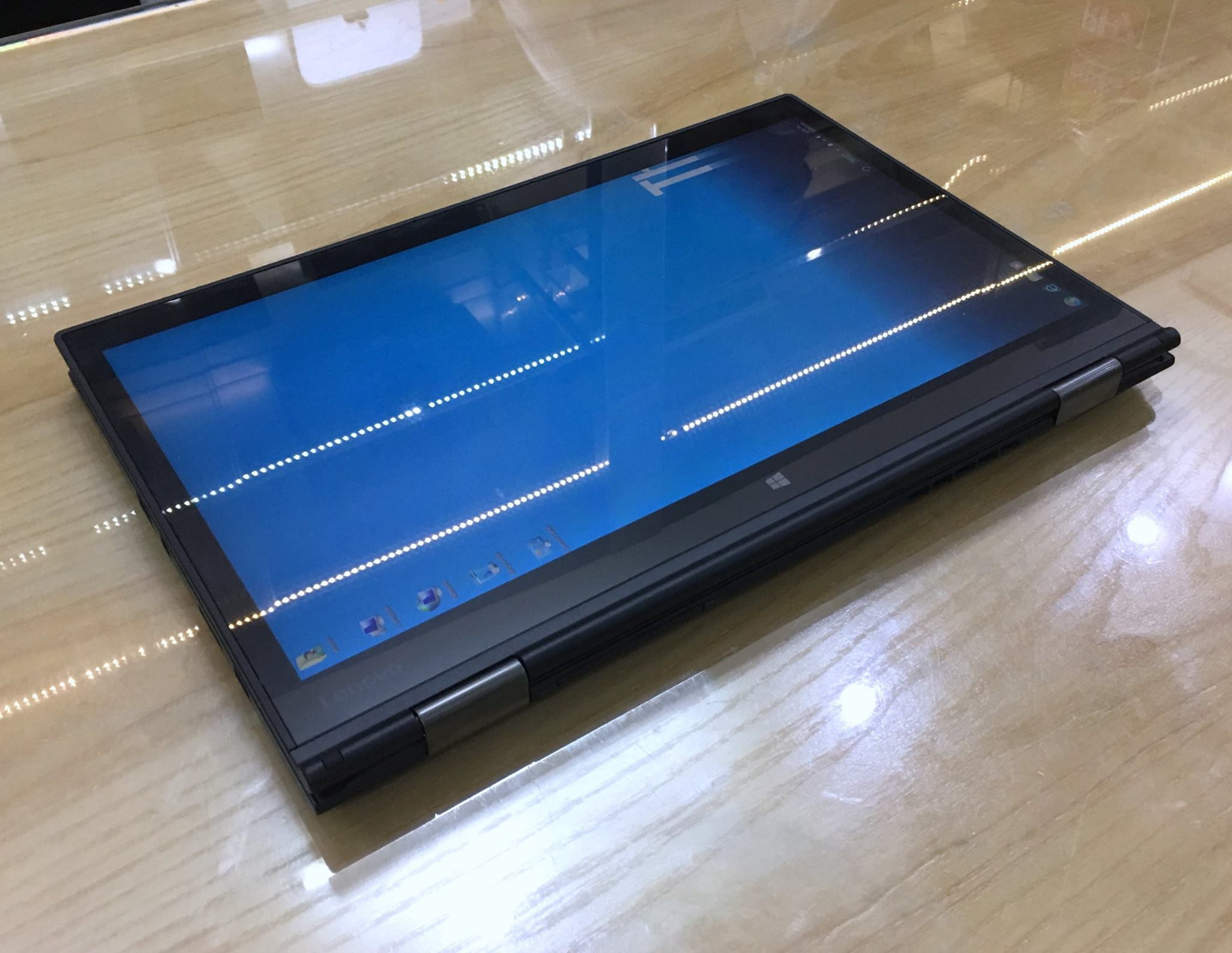 Lenovo ThinkPad X1 Yoga-6.jpg