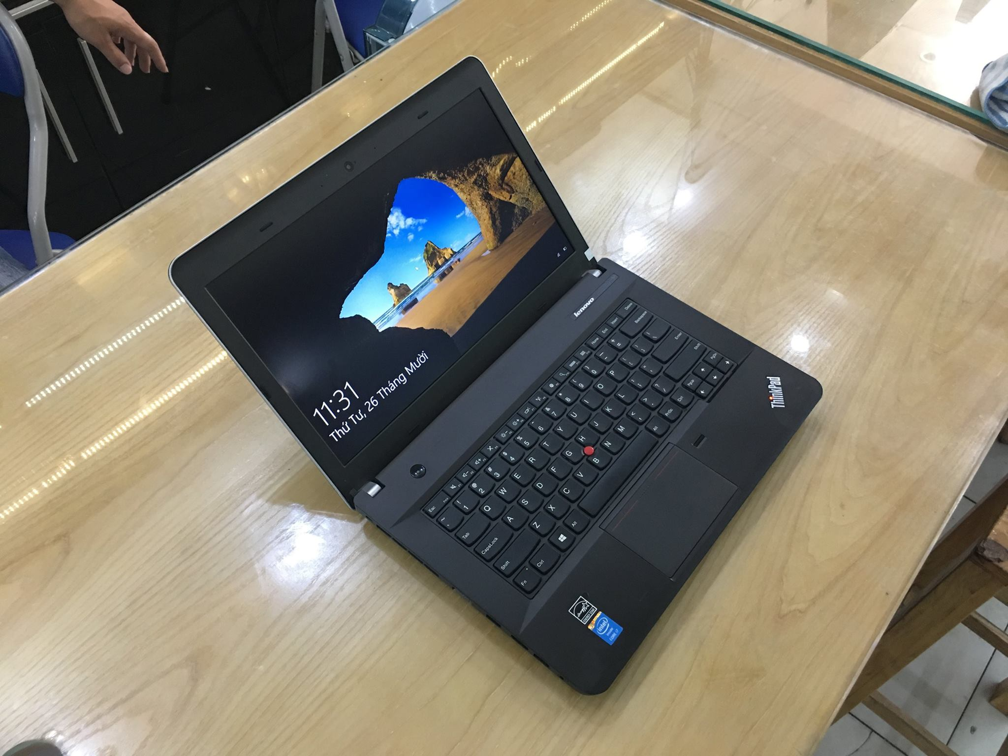 Lenovo Thinkpad E440-3.jpg