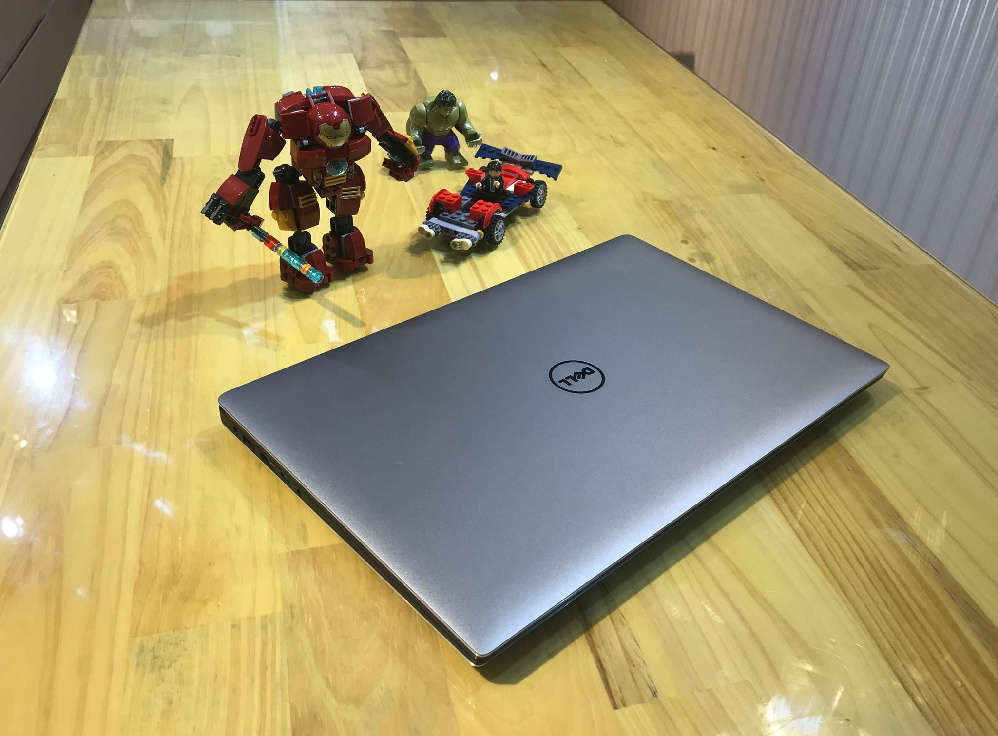 Laptop Dell Precision 5520 -1.jpg