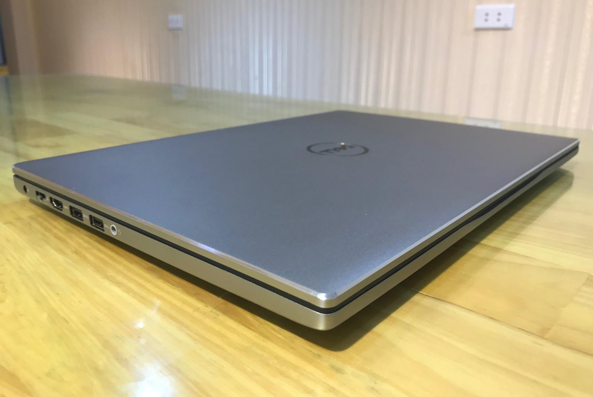 Laptop Dell inspiron 7560-2.jpg