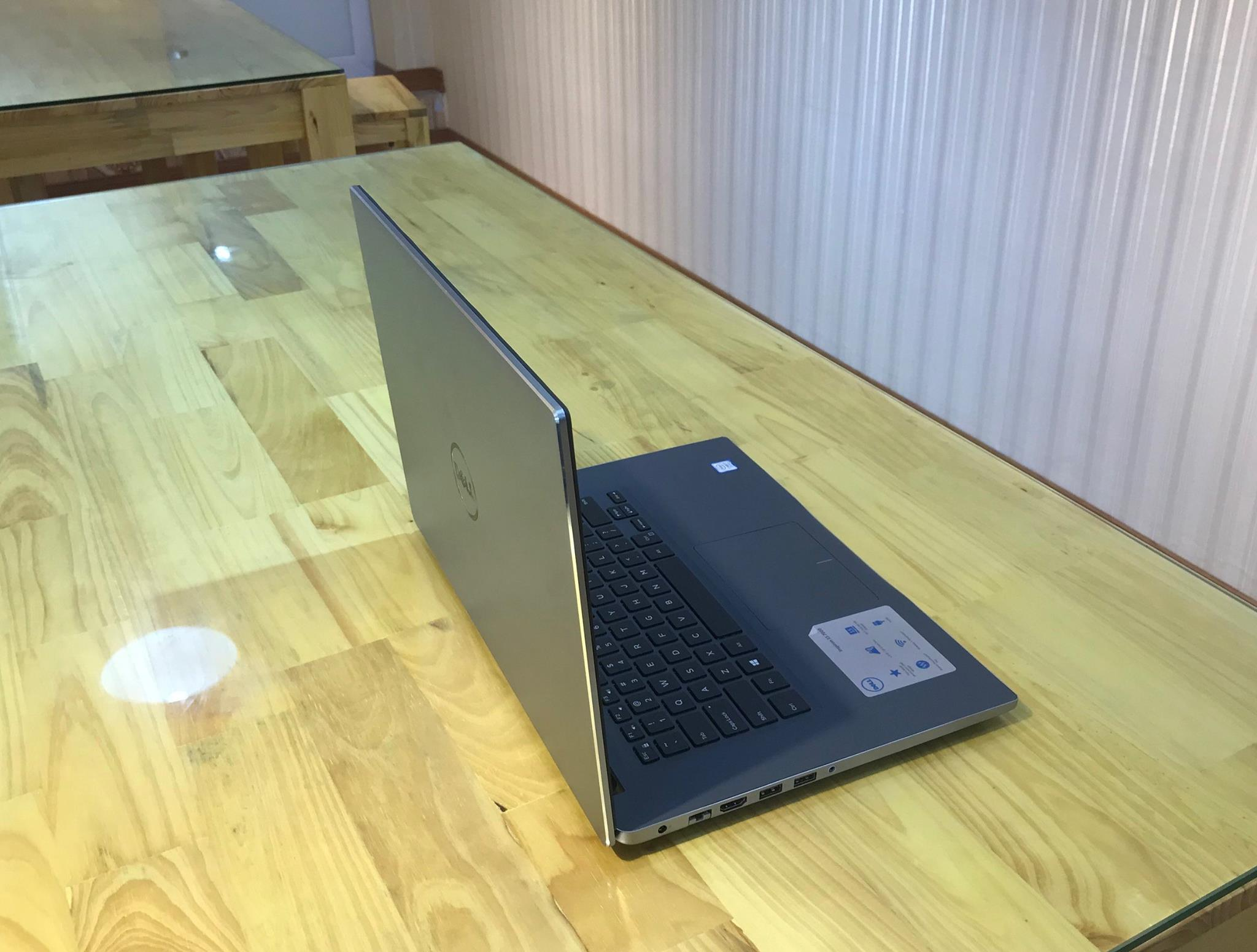 Laptop Dell inspiron 7560-5.jpg
