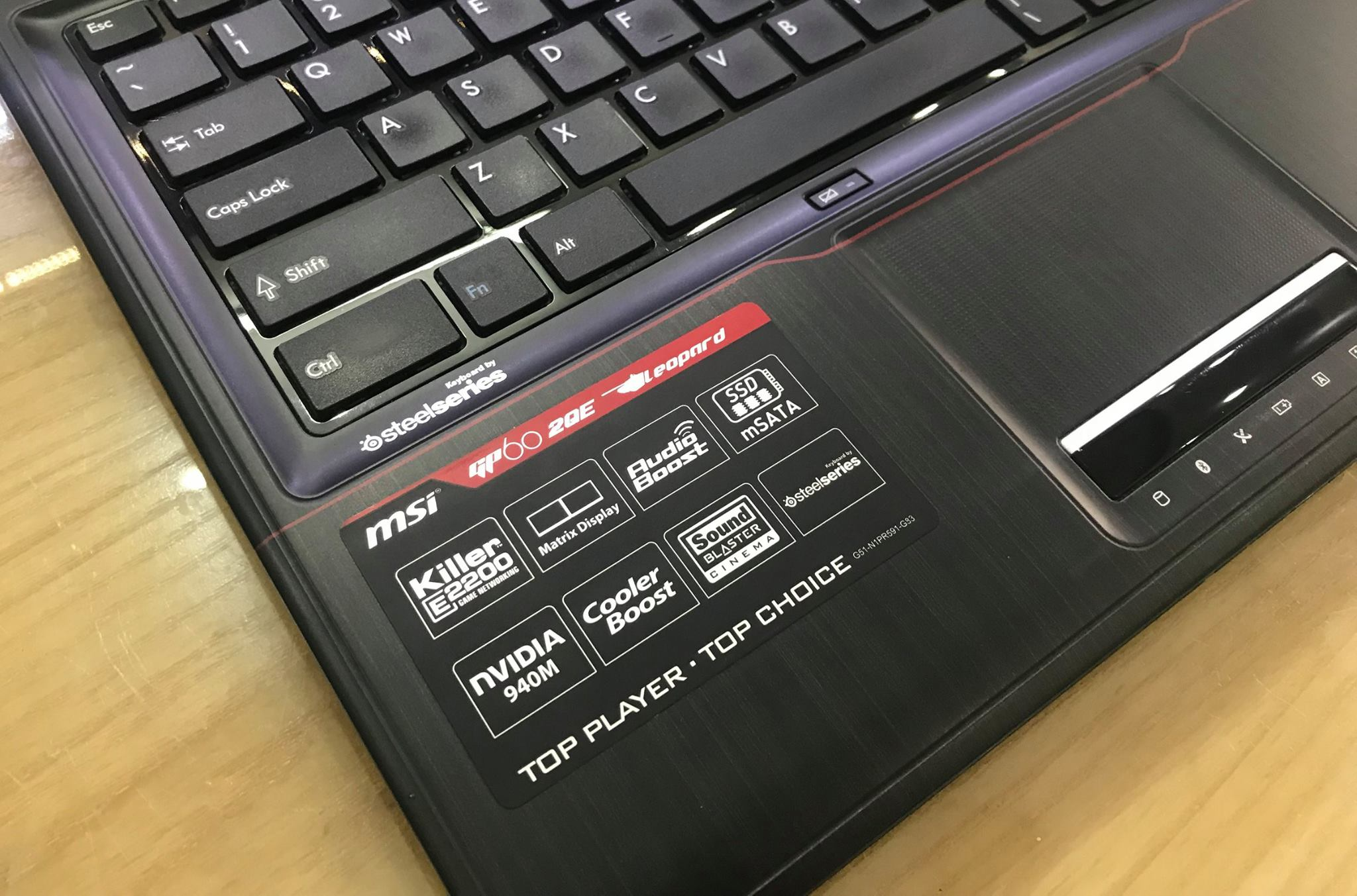 Laptop Gaming MSI GP62 2QE-1.jpg