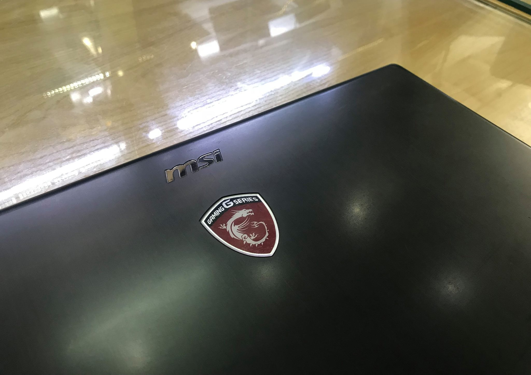 Laptop Gaming MSI GP62 2QE-5.jpg