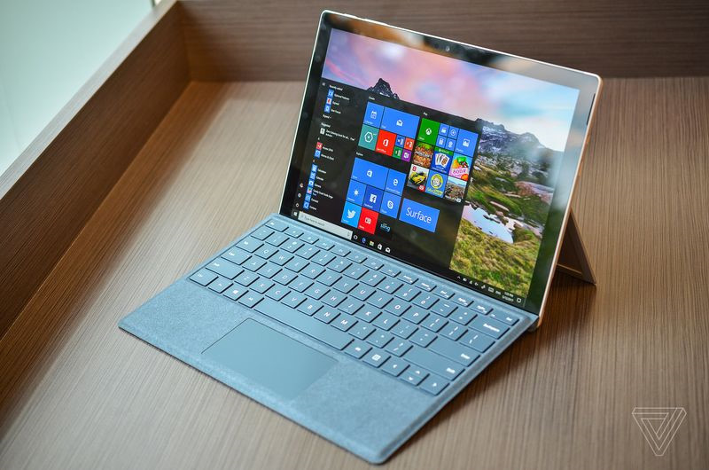 Microsoft Surface Pro Core i7 Ram 16GB.jpg