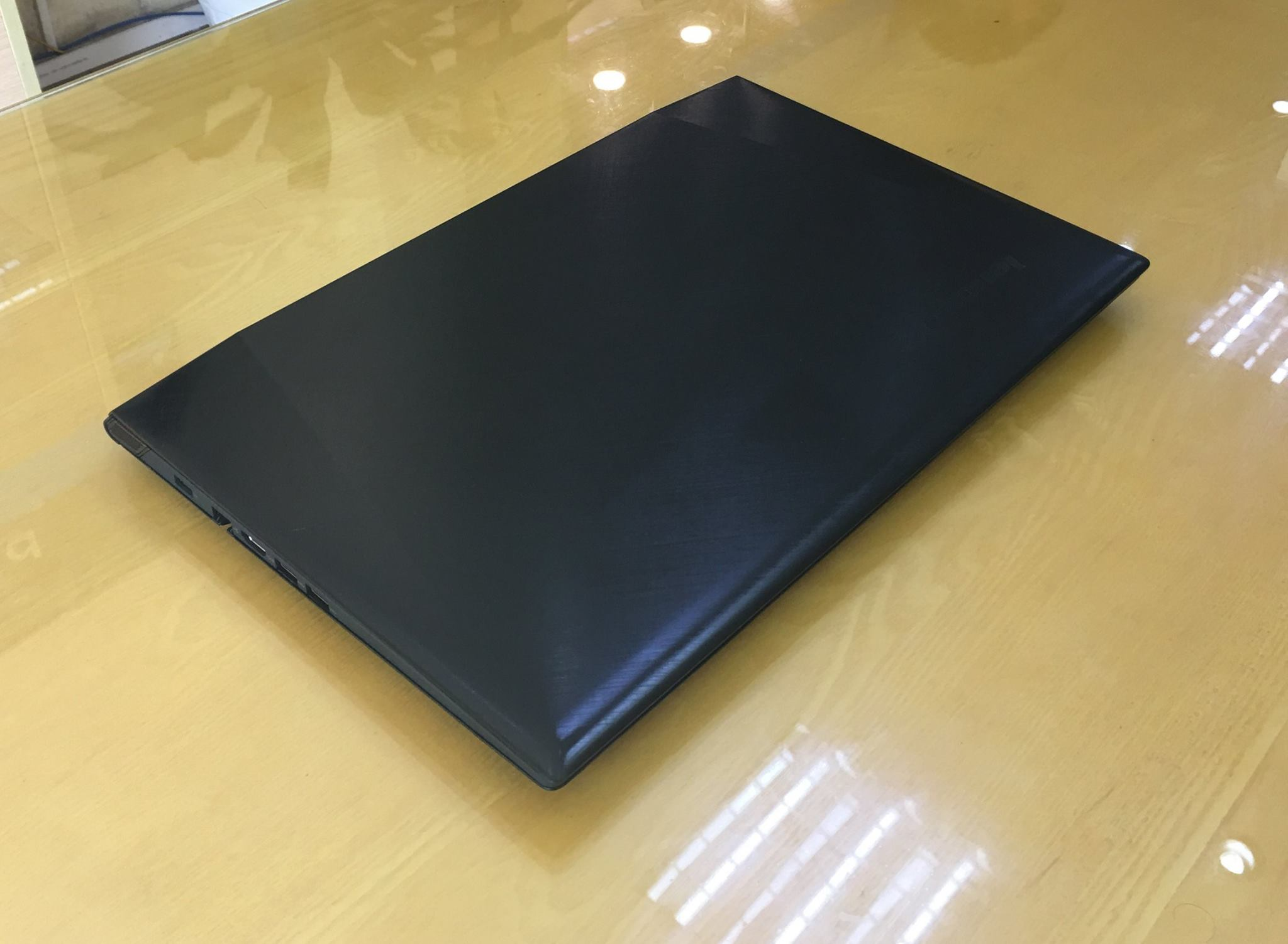 Laptop Lenovo Gaming Y5070-6.jpg