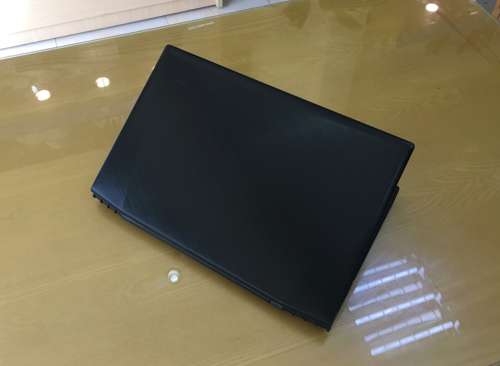Laptop Lenovo Gaming Y5070-7.jpg