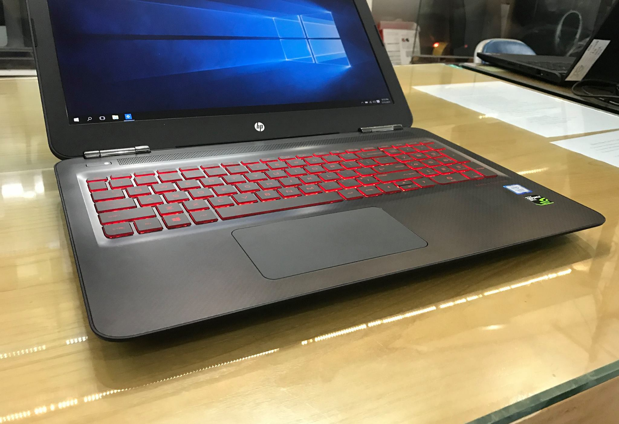 Laptop HP Gaming Omen 15 2017-5.jpg