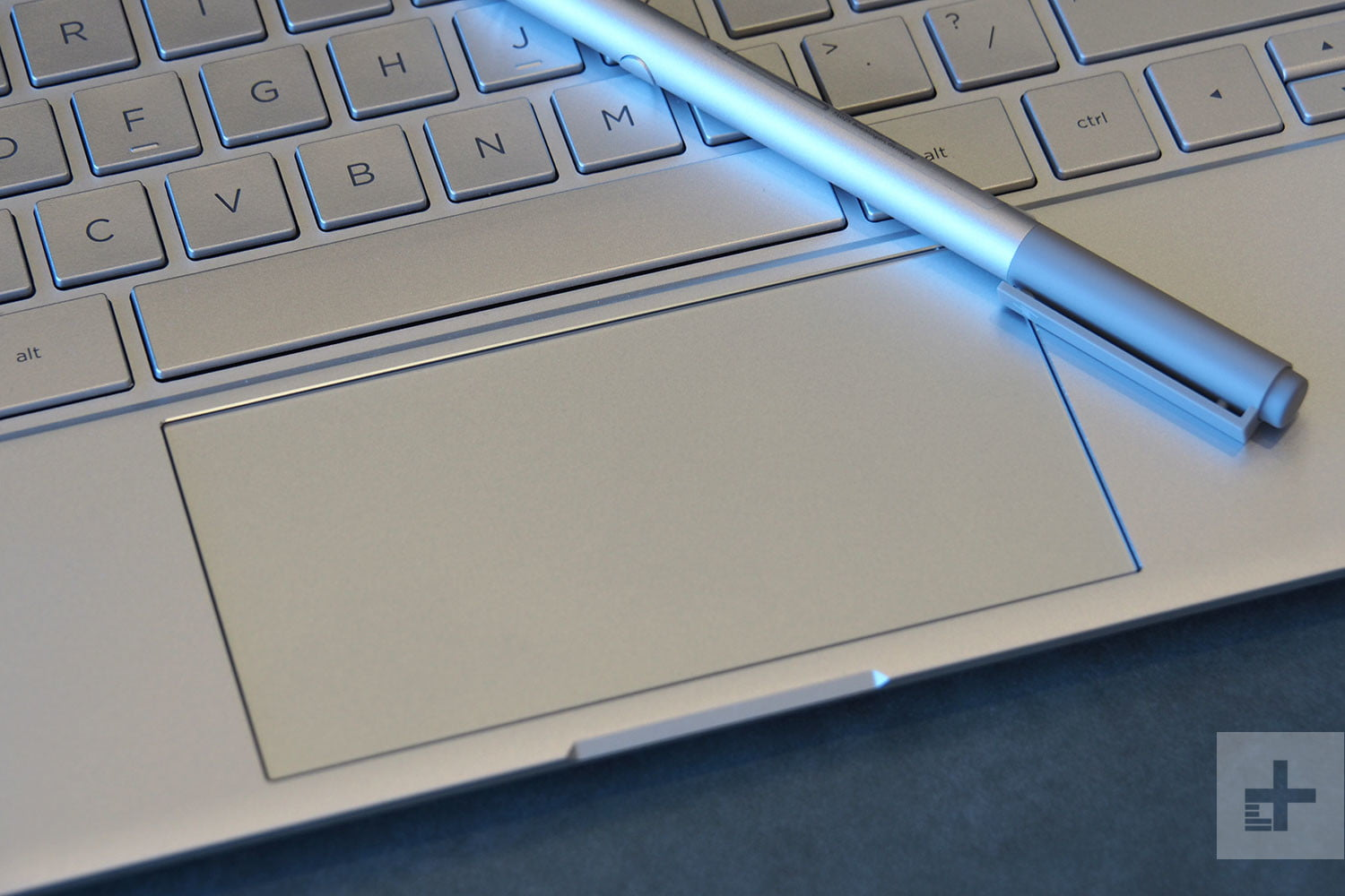 Laptop HP Spectre x360 13 Convertible 2018-6.jpg