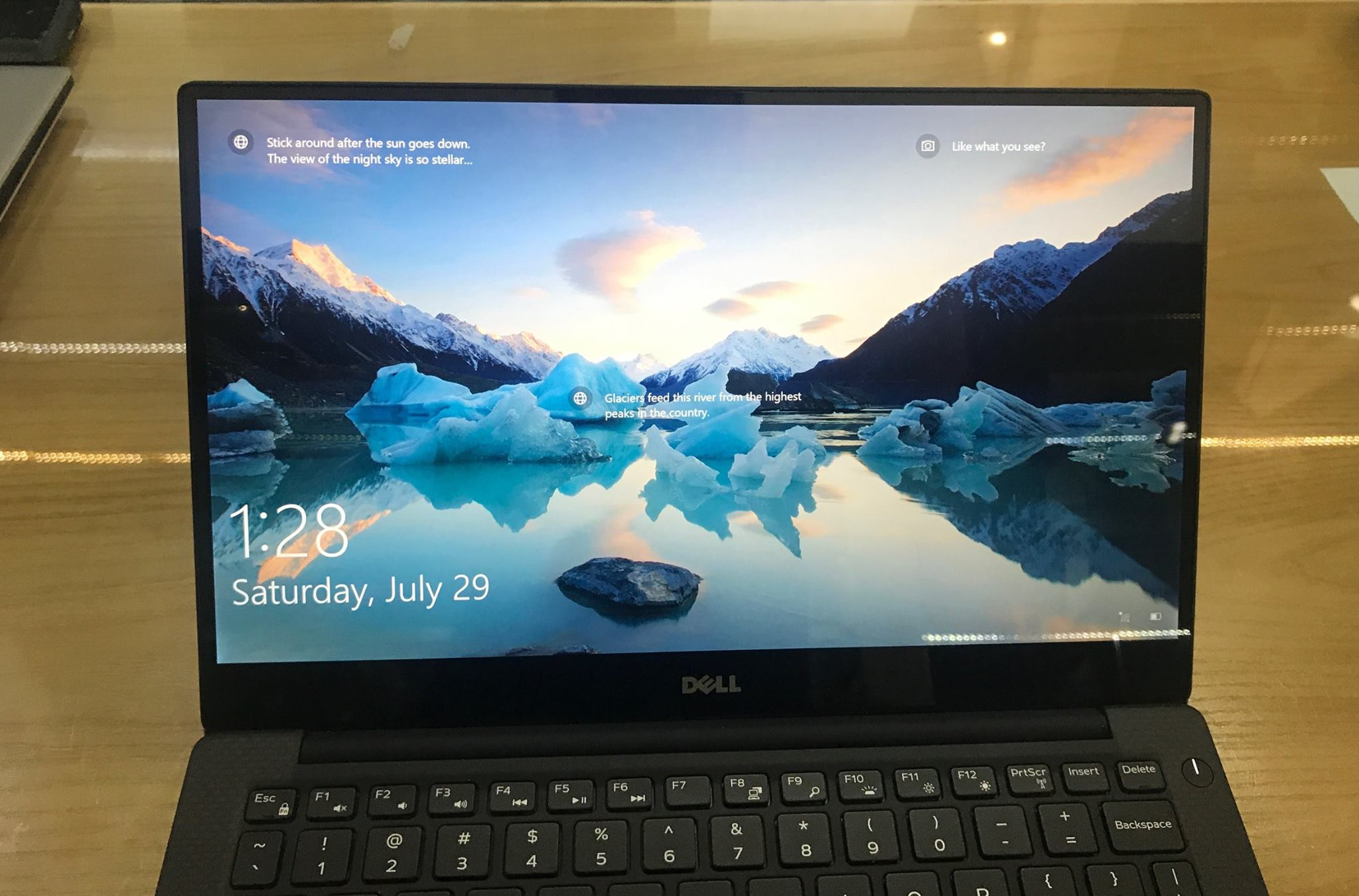 Laptop Dell XPS 9360 i7 -1.jpg