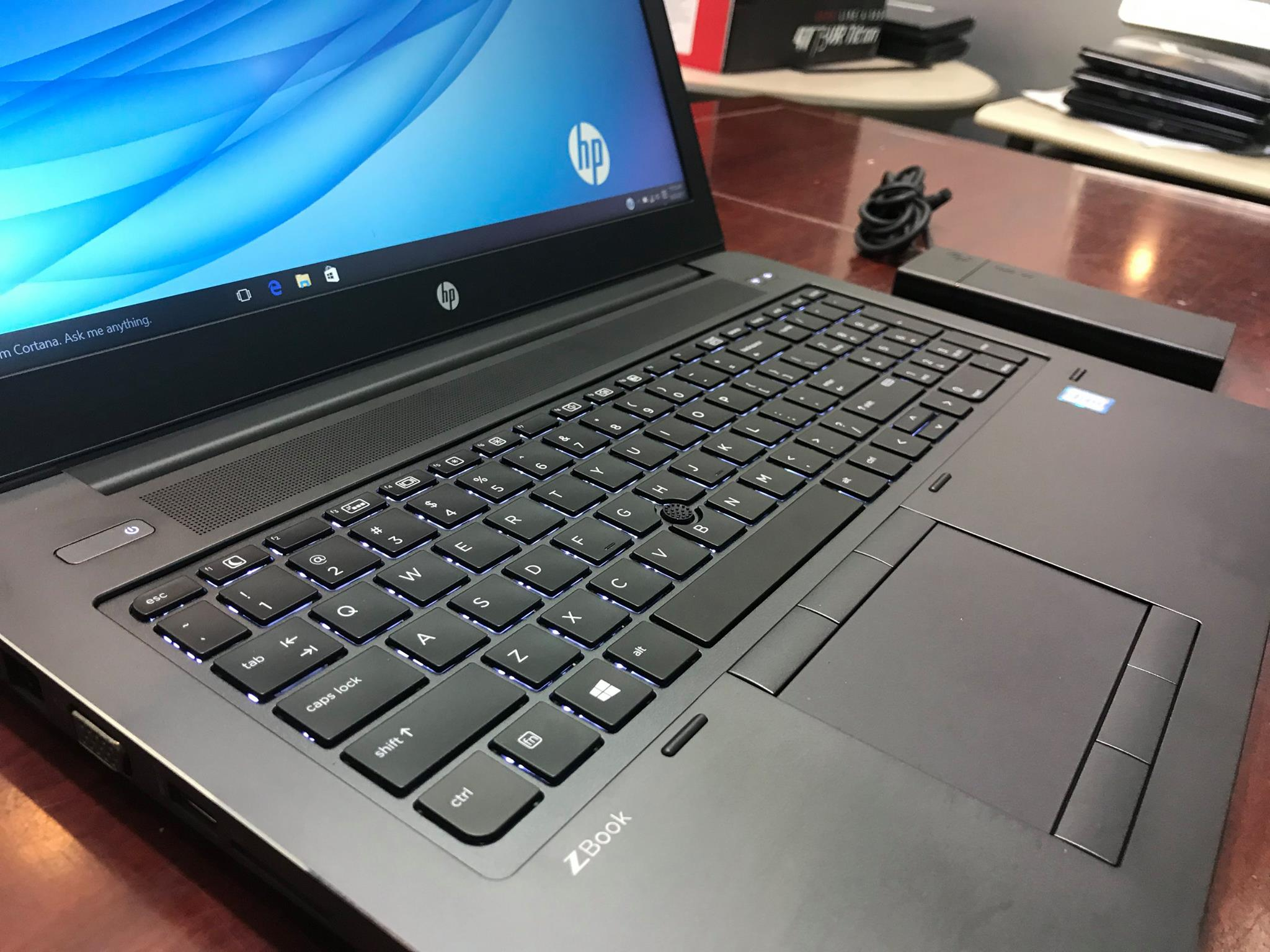 Laptop Hp Zbook Studio G3 -5.jpg