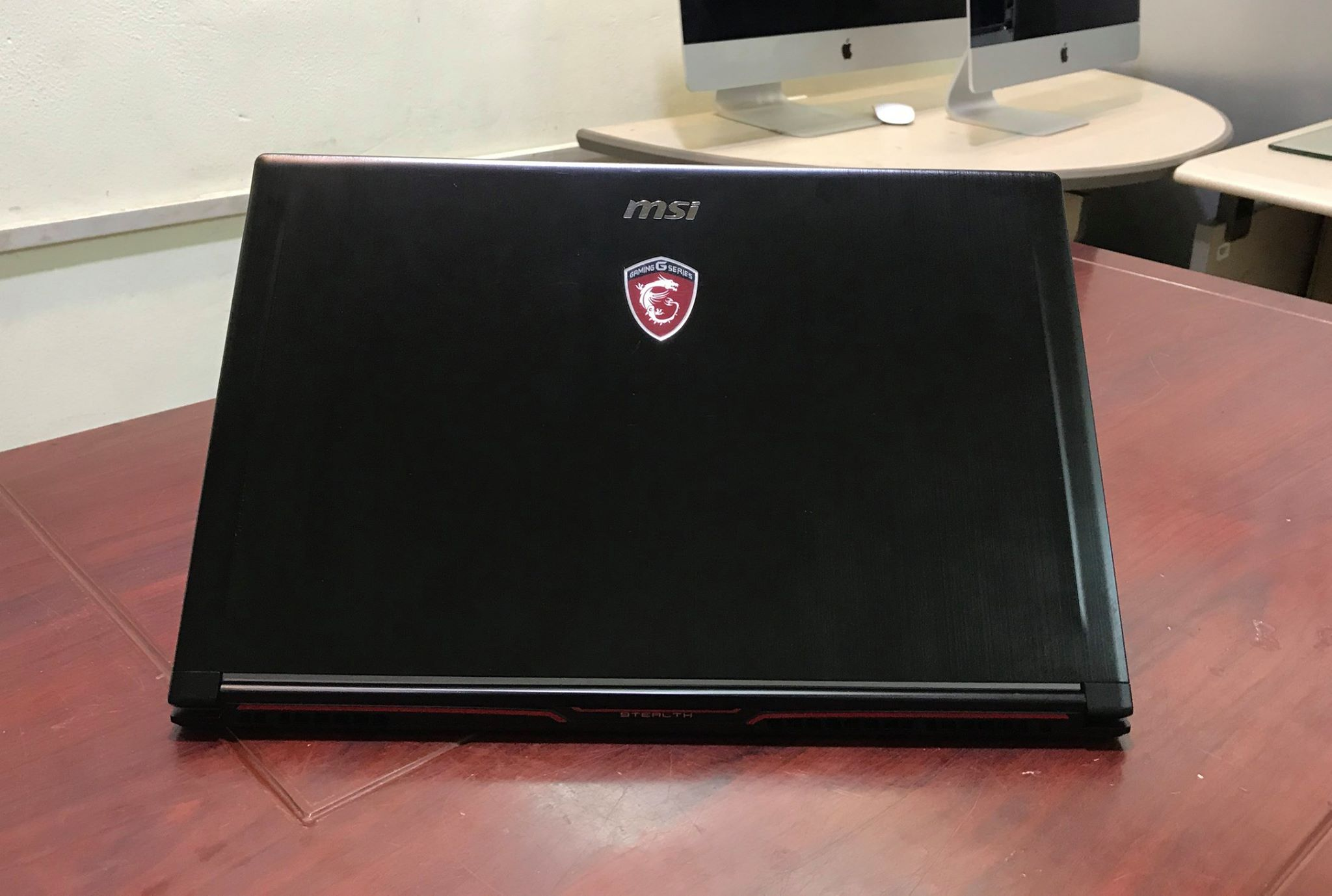 Laptop MSI GS63VR Stealth Pro-7.jpg