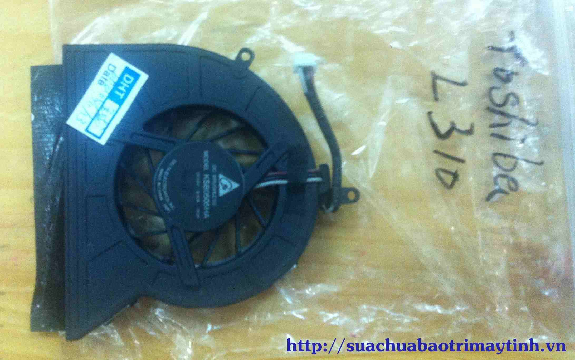 Fan tan nhiet toshiba L310.JPG
